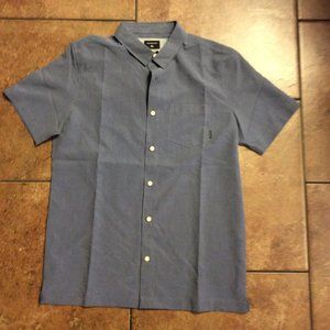 NEW Men's Quiksilver Shirt Size Small